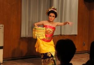 161113 バリ舞踊7